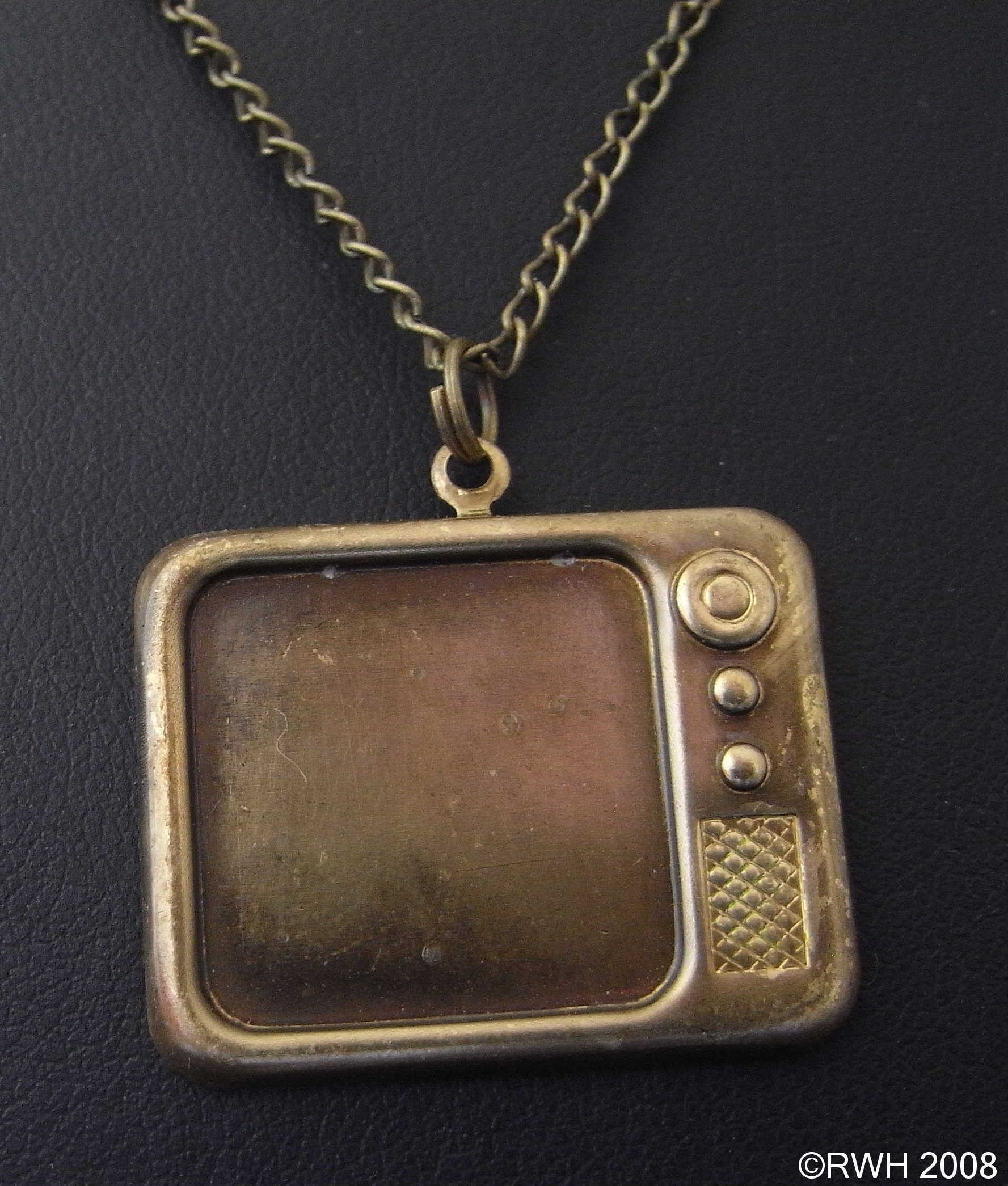 Retro TV television Necklace AG015 FREE SHIPPING