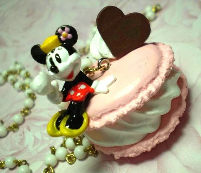 sweet mini minnie mouse on pink french macaroon topped with whipped cream necklace candy chocolate heart and berries on vintage white beaded  chain - red yellow black daisy flower dress doll harajuku