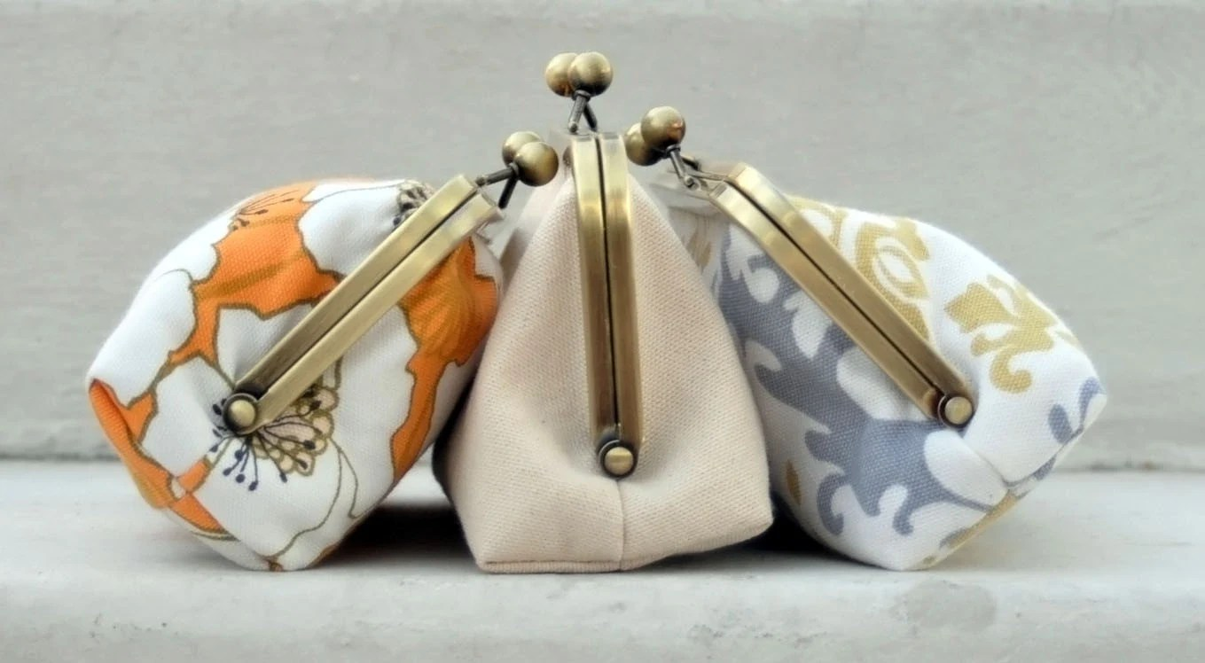simply sweet kathryn clutch- customize your bridesmaid clutch
