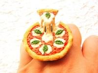 MEadventures: Cutest rings EVER. in t kwadraat.
