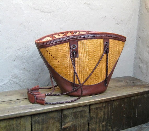 Vintage Stunning Large Braided Brown Leather and Woven Raffia Indonesian Tote Bucket Bag
