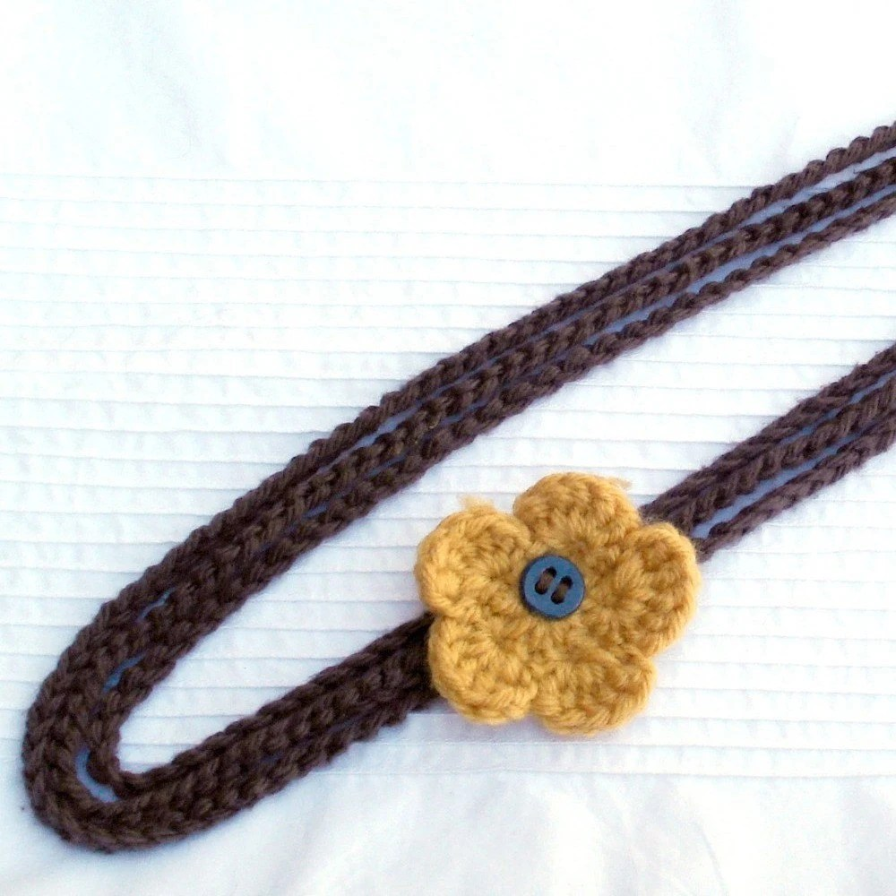 crochet necklace with vintage button and flower