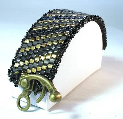 Chunky Cubes Beadwoven Steampunk Bracelet Tutorial