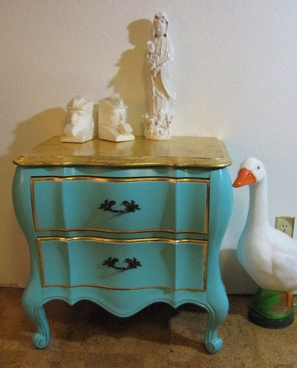 Vintage Hollywood Regency French Provencial bombe front chest bedside or end table
