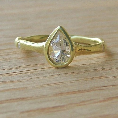 Non Diamond Engagement Ring The Shoestring Bride