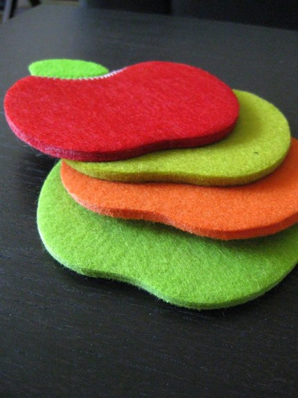 Felt Apple Coasters - 4 Pack