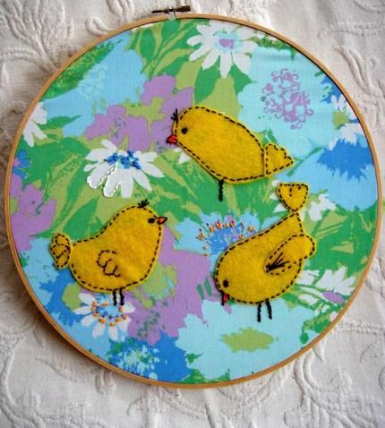 3 birds hand embroidery vintage hoop