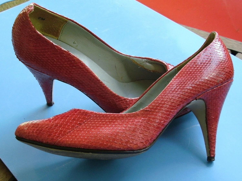 Vintage Rasberry Red Snakeskin Heels