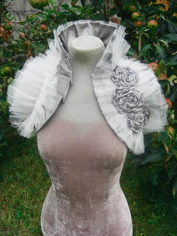 Silver French Vanilla Bridal Wrap