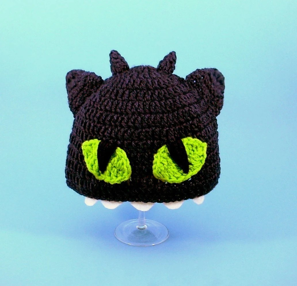 Toothless the Night Fury Hat / Beanie from How to Train Your Dragon