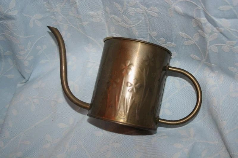 Vintage Brass Watering Can with Embossed Flowers Holland 1986 FREE SHIPPING