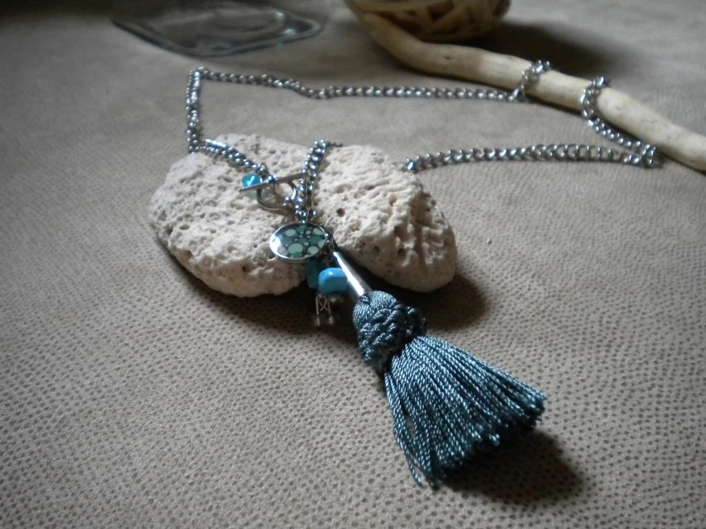 Turquoise Tassel Necklace with Turquoise Chips
