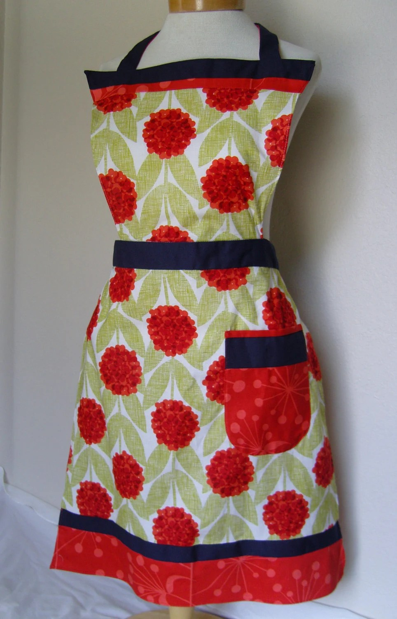 Vintage inspired summer apron