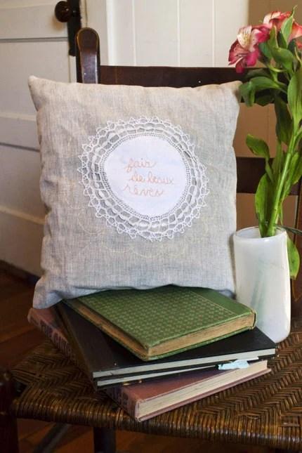 Fais de Beaux Reves pillow