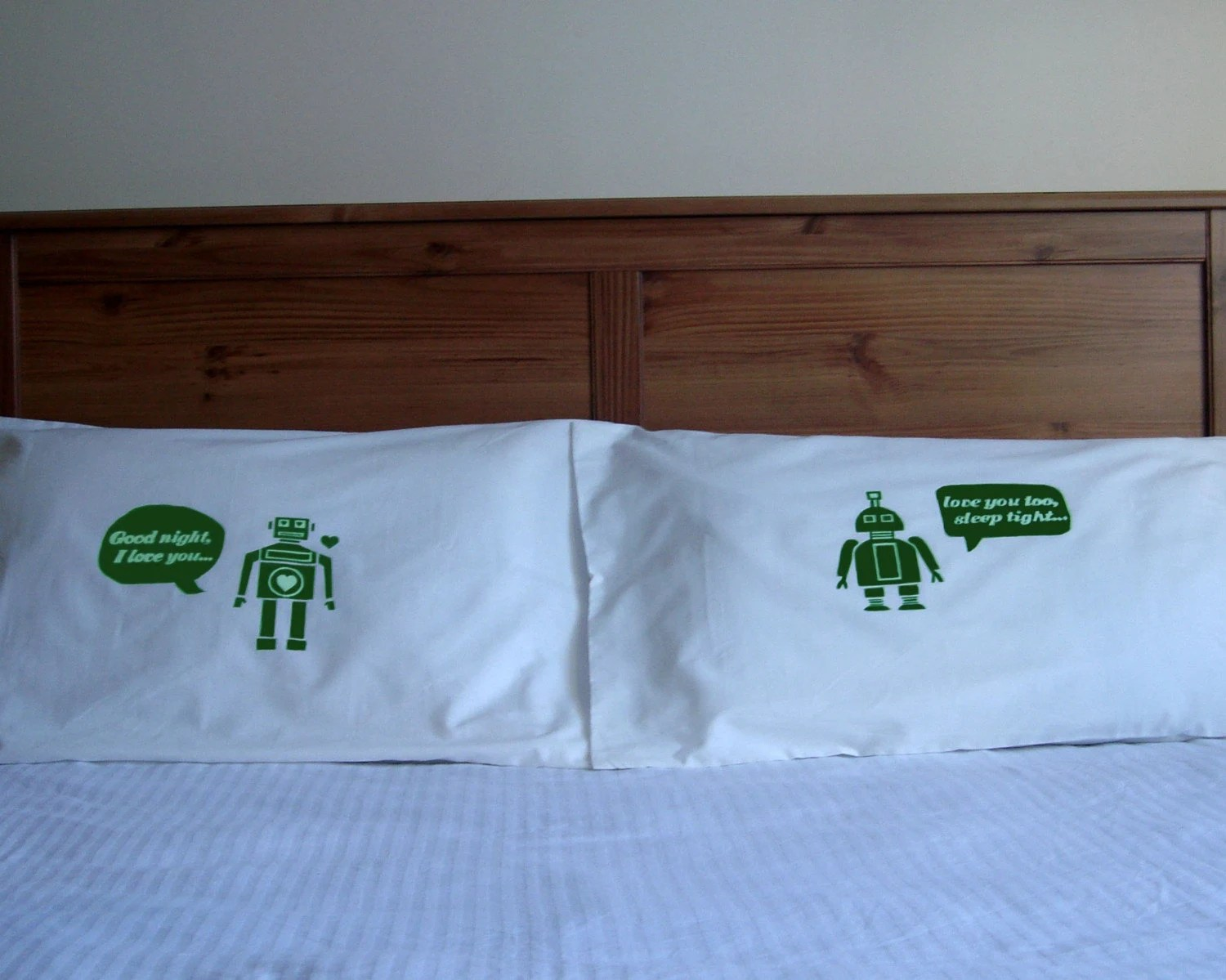 i heart robot  pillow case set - green