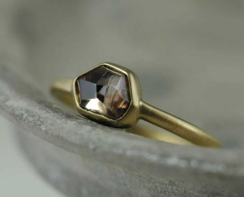 Rose cut diamond bezel ring - 18K gold - engagement