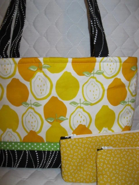 Lemon and Polka Dots Purse SPRING TIME :)