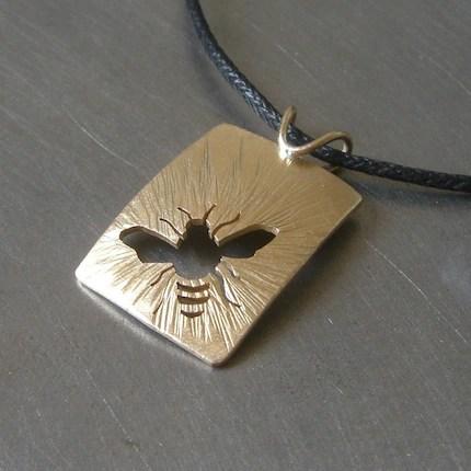 Brass Sunny Bee Pendant
