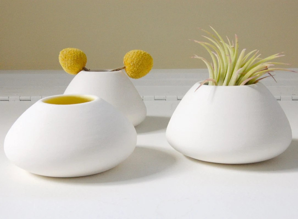 Rainbow Volcano - Porcelain bud vase in Peacock