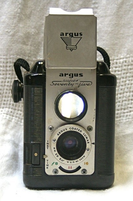 Argus Super 75 twin lens reflex camera and case