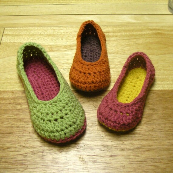 Oma House Slippers PDF Pattern (sizes 3-12) Nothing fancy