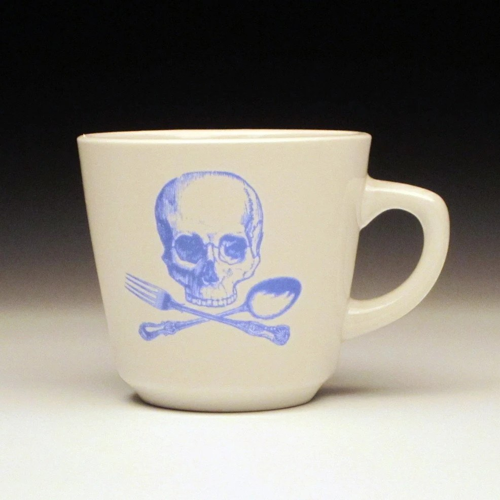 skull and cross utensils teacup in BLUE