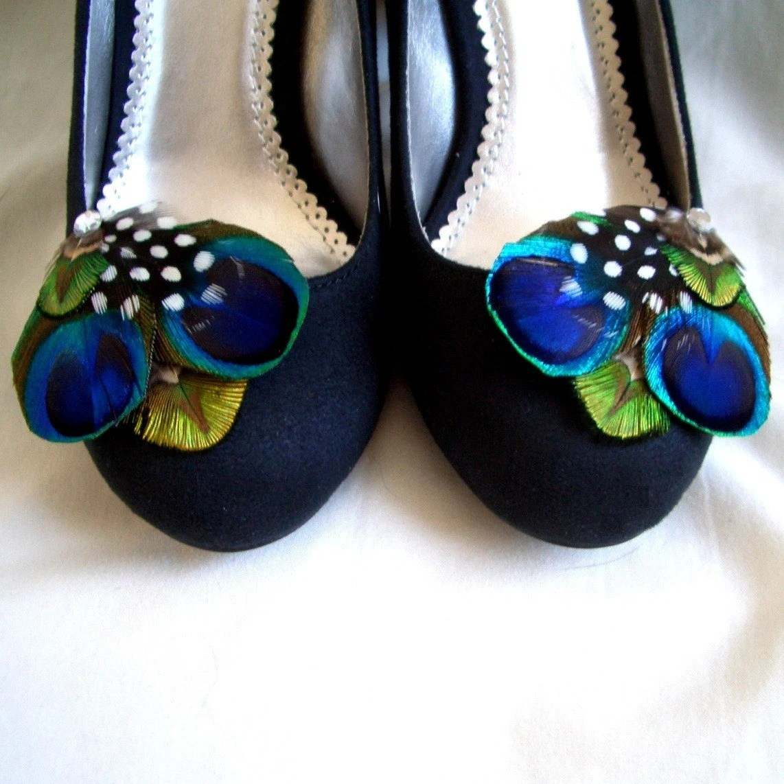 COCO SHOE CLIPS - 1 Pair of Peacock Feather Shoe Clips