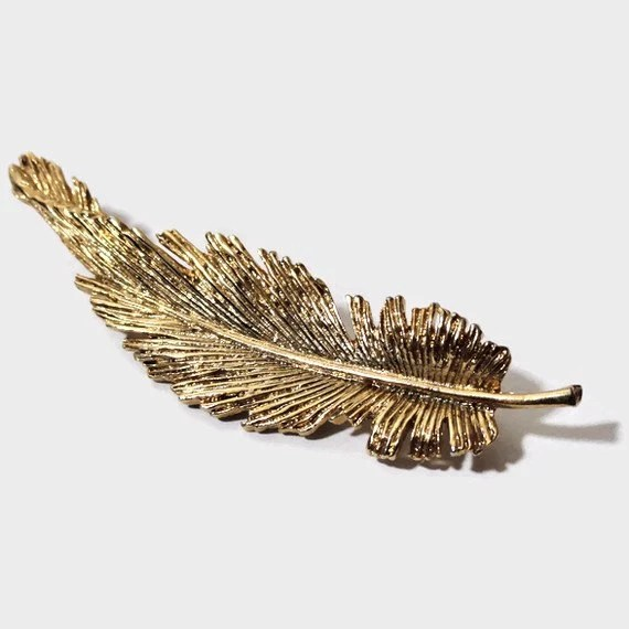Vintage Gold Feather Pin