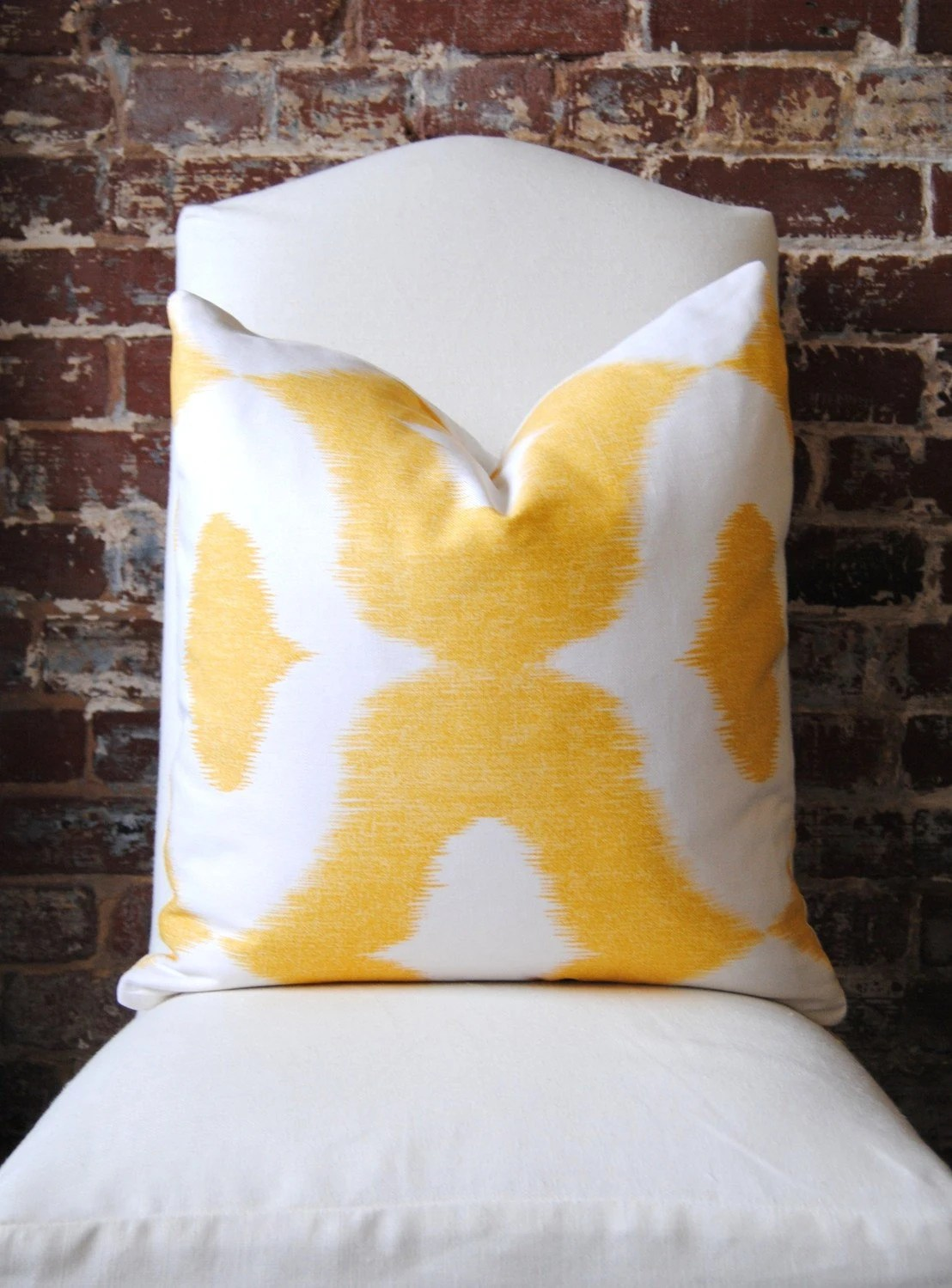 "Decorator Fabric - Ikat print in yellow - Dalesford by Duralee - 20""x20"""