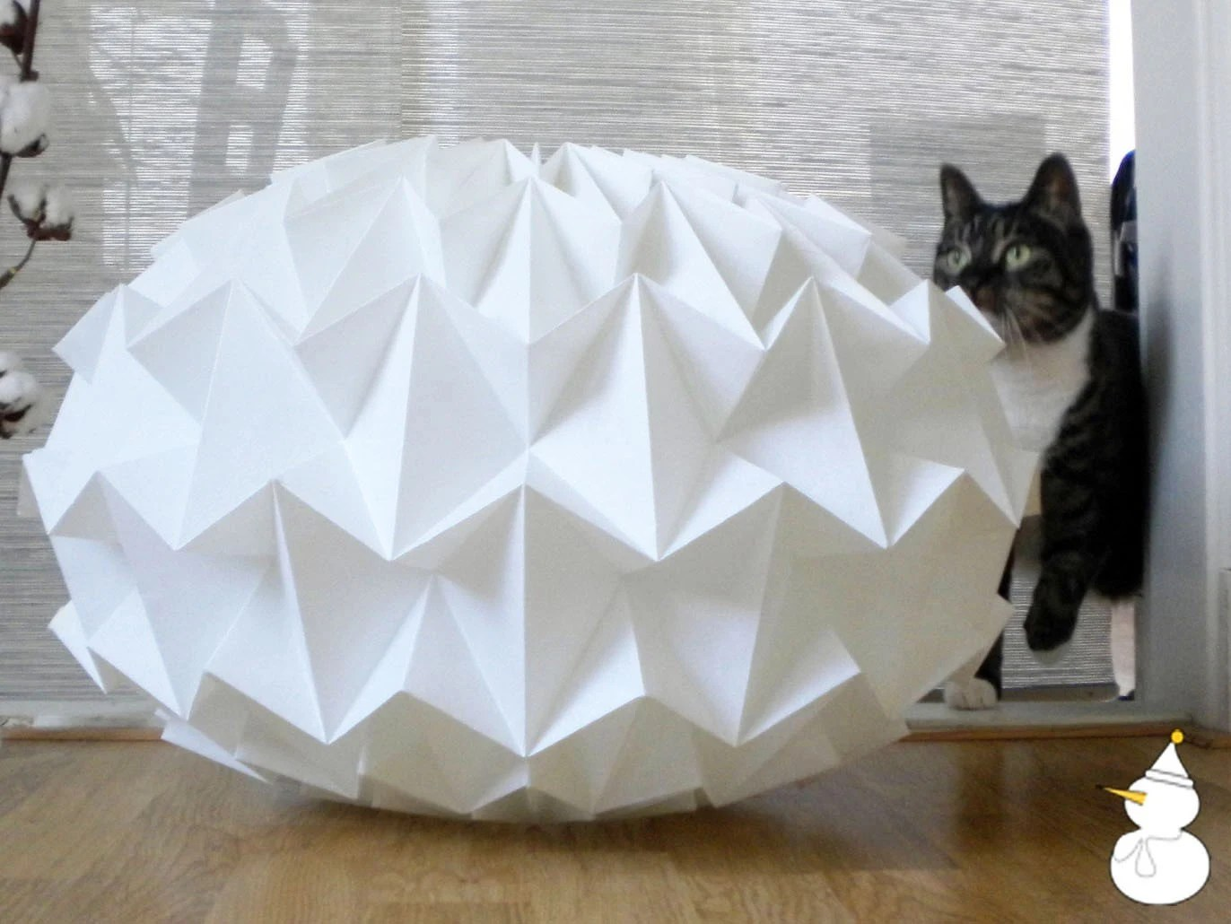 Parchment paper origami lampshade - size XL