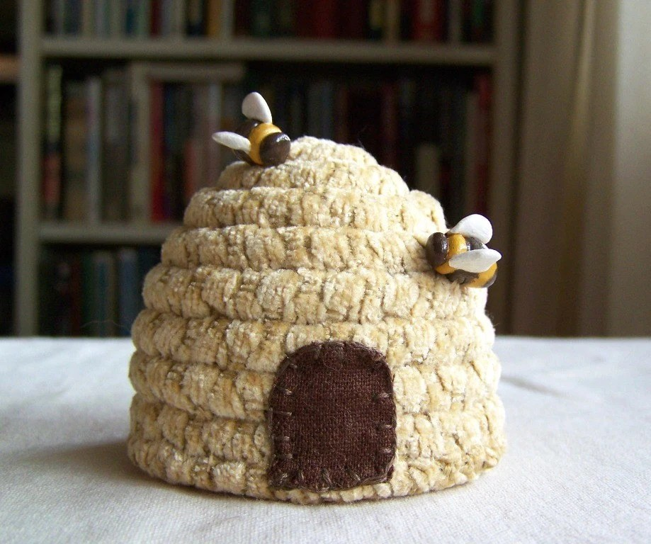 Eco Jewelry And Crafts The Bee Buzz Cute Textile Home Decor Designs