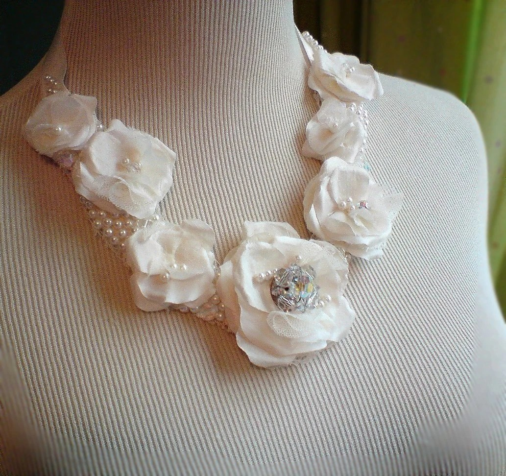 Layer Cake (( Wedding Statement Necklace )) vintage sculpted fabric