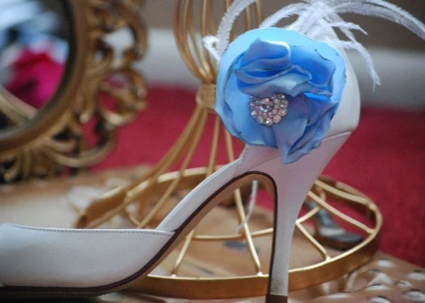 Something Blue and White Feminine Shoe Clips, by Sofisticata. Free US Shipping. Statement Handmade, Vintage Inspire, Mother, Night Out, Unique August m2m, Rhinestone and Feathers