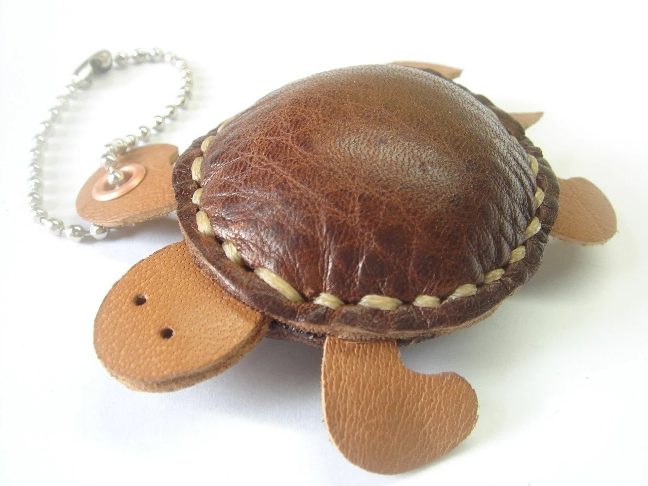 Winny the Turtle Thick Leather Keychain