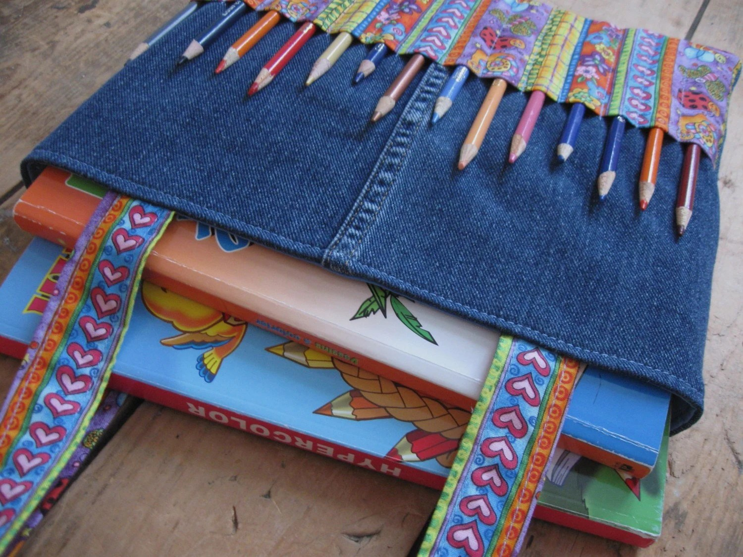 Creepycrawly coloring bag in recycled jeans - for pencils
