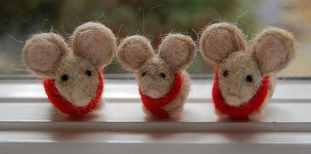 Winter mouse family