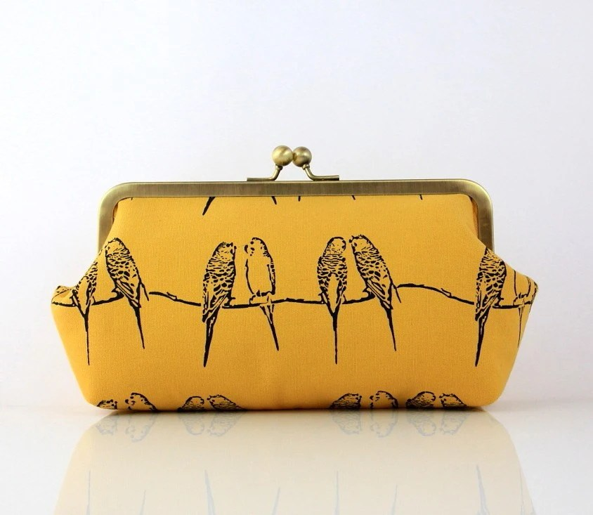 Super Lovely Singing Parakeets (Yellow) - 8 inch Casual Frame Clutch