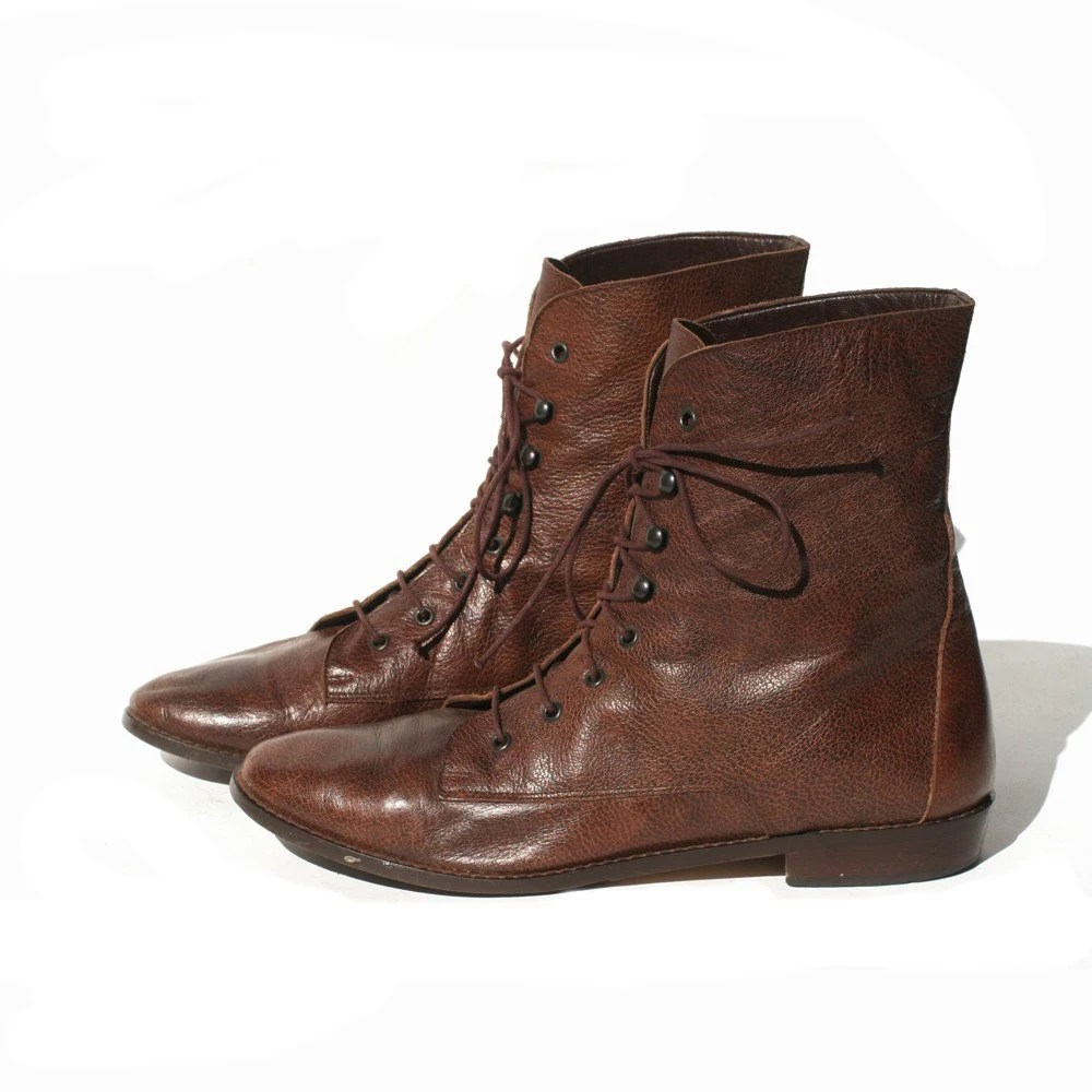 size 7.5 brown ankle boots made in Italy
