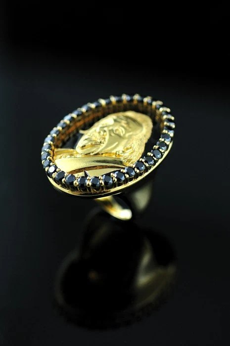A.HOFMANN 14 karat Yellow Gold with Black Diamond Face Ring