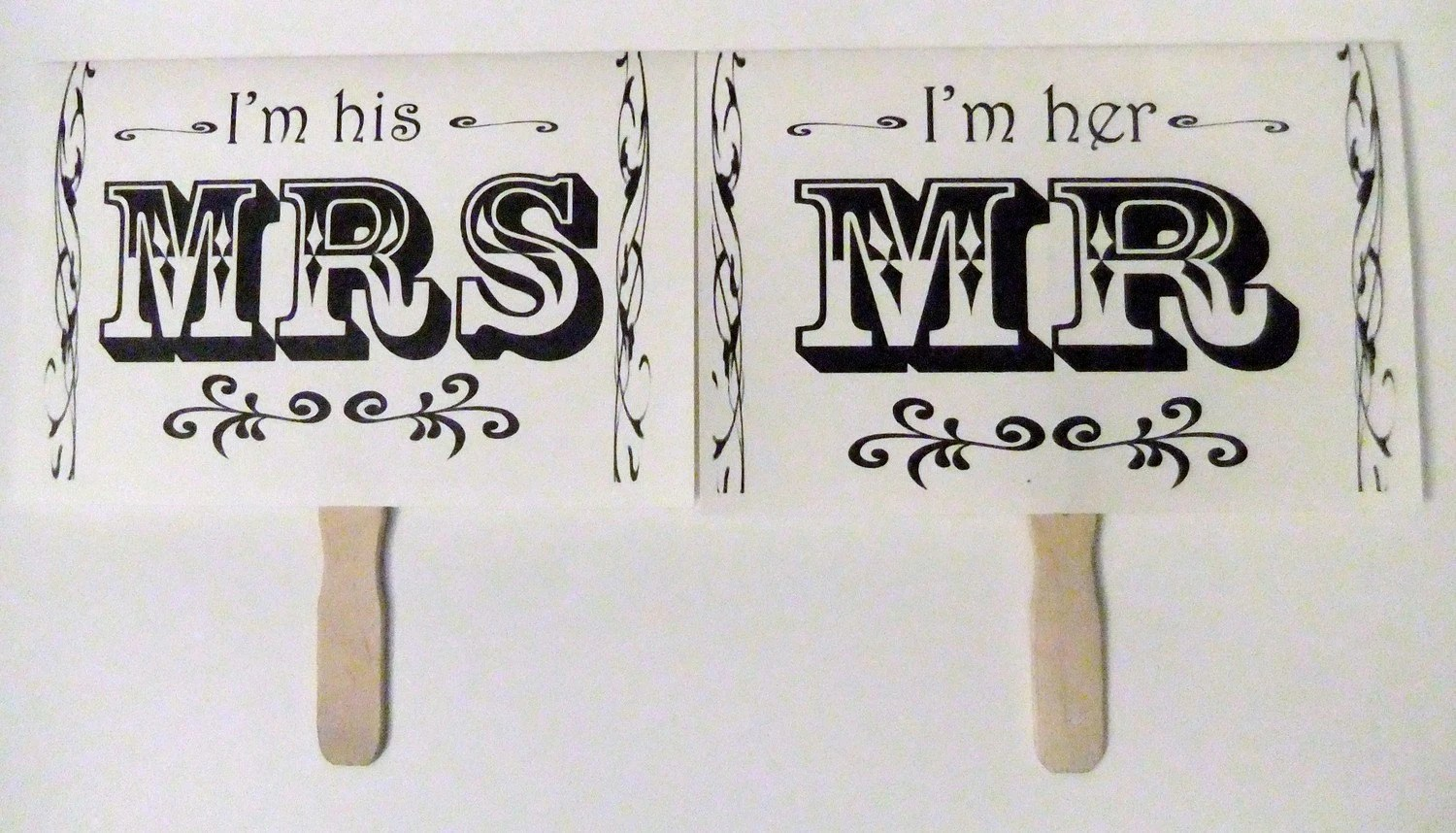ORIGINAL desgin White Mr and Mrs Double Sided Thank You on Reverse Photo Prop set wd