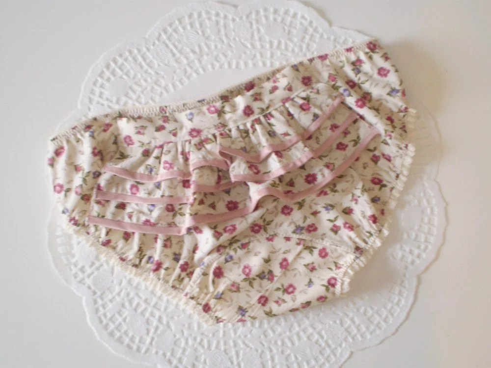 Roses, Pearls, Bustles and Bows Cotton and Silk Accessory Panties S/M