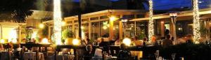 Lakewood Ranch Outdoor Restaurant at night