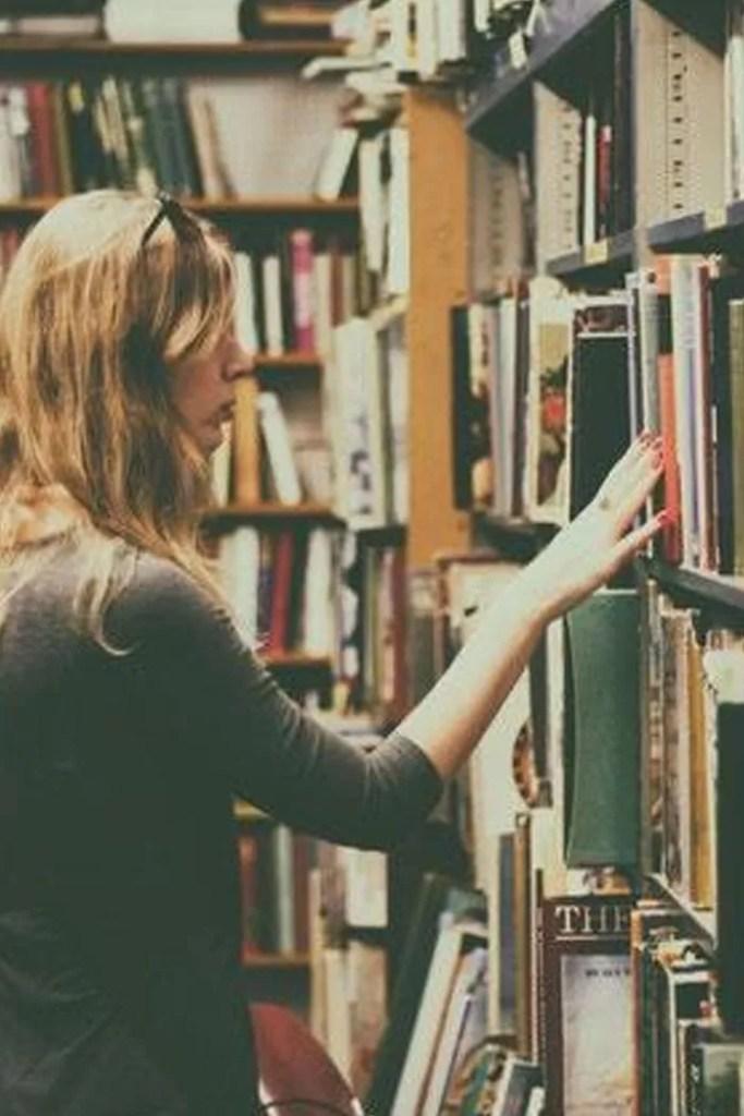shopping for books