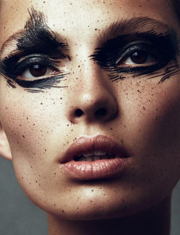 Model Face Art Makeup