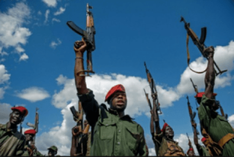A warring faction of SPLA raising weapons after a deadly clash in South Sudan war zones(Photo: file)