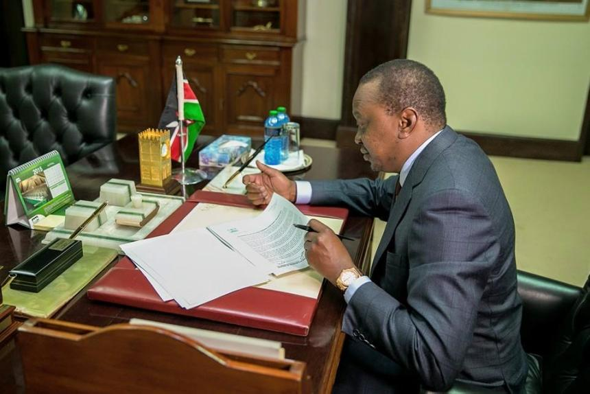 President Uhuru Kenyatta on Thursday sent signed letters to relatives of the Kenyans who died in the Garissa University attack. Uhuru was sharply criticized by the families of the victims for poor response long before the attack and during the attack(Photo: file)
