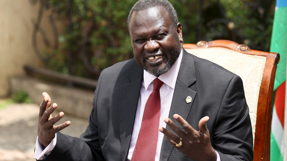South Sudan's rebel leader Riek Machar addresses a news conference in his office in Ethiopia's capital Addis Ababa, August 31, 2015. REUTERS/Tiksa Negeri - RTX1QF4B