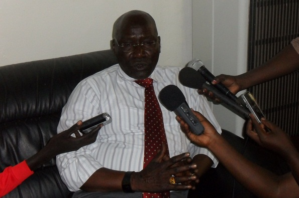 Gen. Paul Malong Awan speaking to the press (File Photo)
