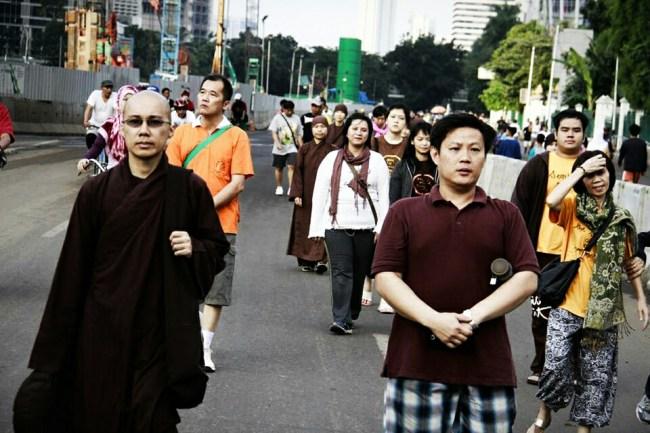 walking-meditation-3