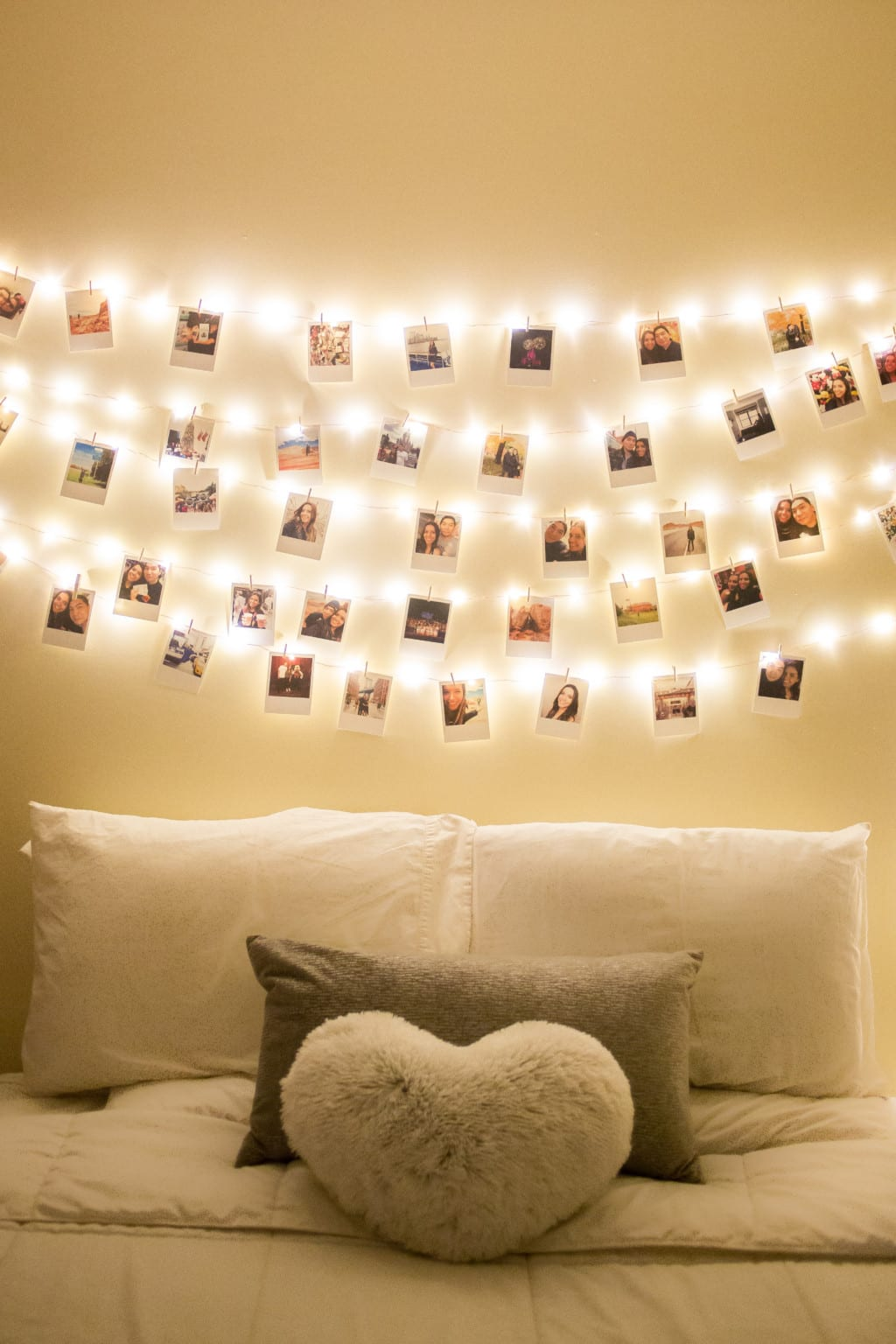 Diy How To Decorate Your Room With Polaroids Ny Amp About